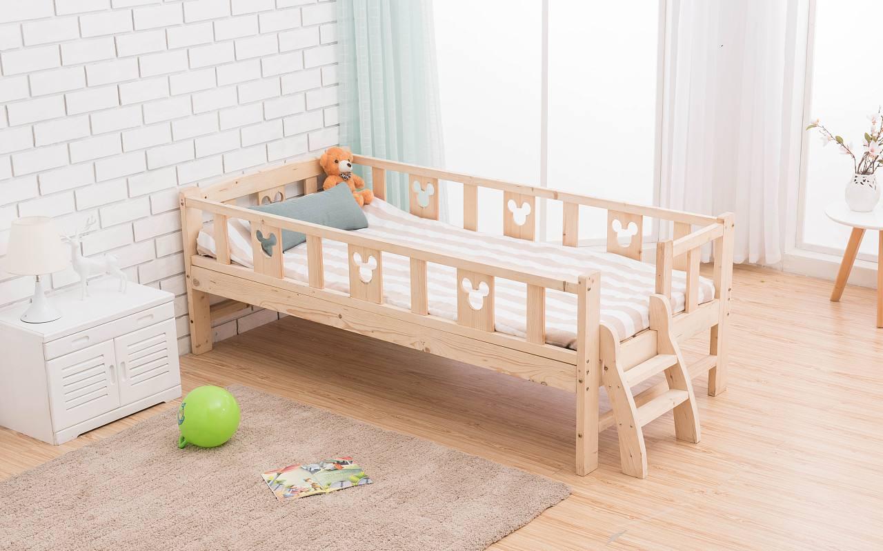 选择双胞胎婴儿床要注意各个方面的细节