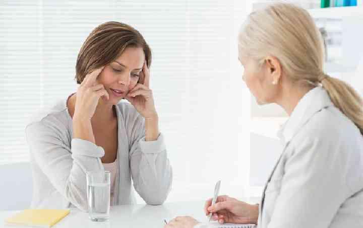 医生跟患者说卵巢囊肿症状